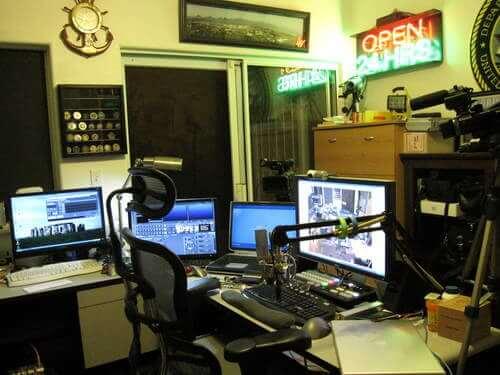 Geek News Central Studio
