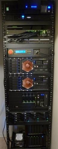 2742.ServersRack.jpg-550x0