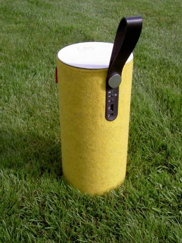 Libratone Zipp Mustard Strap Up