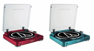 Audio-Technica At-LP60 in red and blue
