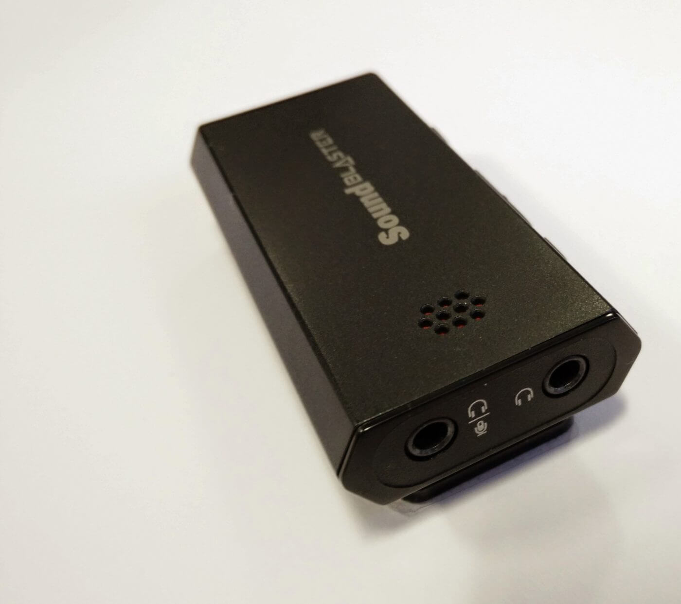 Creative Sound Blaster E1 Portable Amplifier Review - Geek