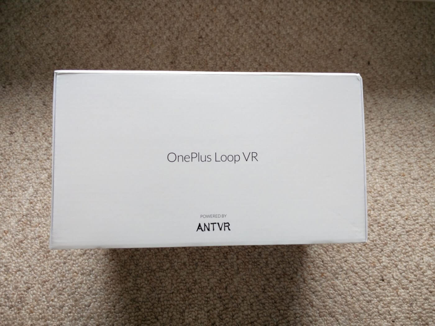 OnePlus Loop VR in box