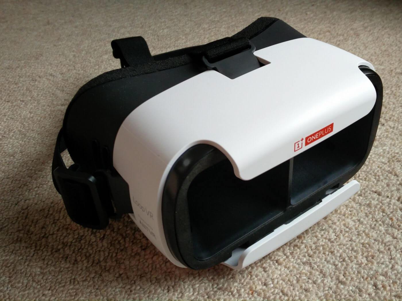 OnePlus Loop VR Side
